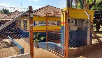 Servidores são impedidos de almoçar e até ficar dentro de Emei de Campo Grande