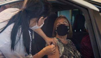 Vacina começa às 12h30 para pessoas com 26 anos ou mais em Campo Grande
