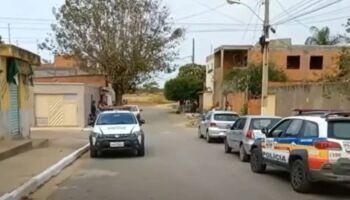 Casal come bombom envenenado e ex-mulher do noivo é suspeita em MG