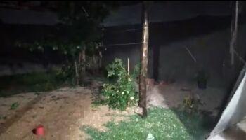 Vídeos: temporal atinge Fátima do Sul e região com direito a rua coberta por granizo