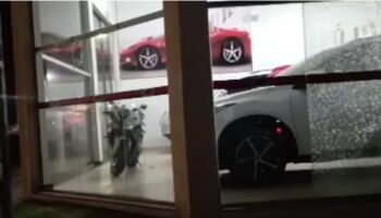 Lojas de veículos são alvos de tiros em Ponta Porã