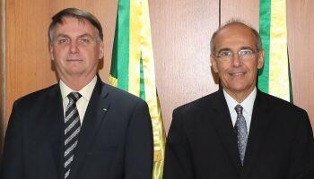 CPI pede investigação internacional de médico de MS que incentivou uso de cloroquina