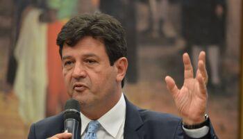 Mobilização de Mandetta e outros presidenciáveis da 3ª via perde feio pra Bolsonaro e Lula