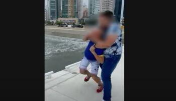 Influenciador reage a ataque homofóbico e dá mata-leão em agressor em SC