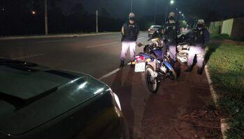 CGM flagra motorista bêbado furando sinal vermelho em Campo Grande