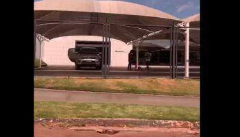 VÍDEO: concessionária de Campo Grande é acusada de 'sumir' com carros de clientes