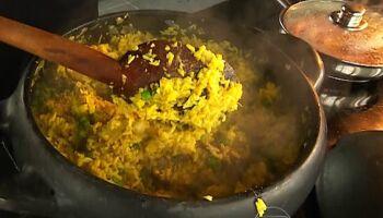 Almoço com frango caipira vira polêmica e quase 'azeda' por causa do coronavírus