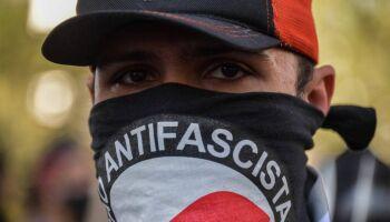 Grupo discute fortalecimento do antifascismo em MS e recebe ameaças de extremistas