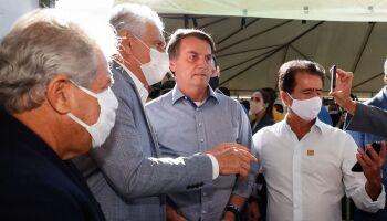 ACABOU A BRIGA? Em Goiás, Bolsonaro diz que 'vai morrer amigo' de Ronaldo Caiado