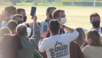Bolsonaro sugere que apoiadores evitem protestos no próximo domingo