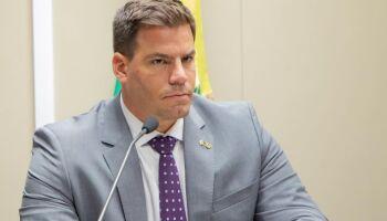 """Contar """"arruma cama"""" no MDB? Bolsonarista garante que não!"""