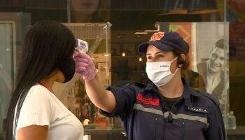 Brasil tem 218 abertos shoppings abertos em 14 estados, diz associação