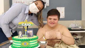 VÍDEO: internado, Caio viveu a maior emoção do mundo ao receber os parabéns de Bolsonaro