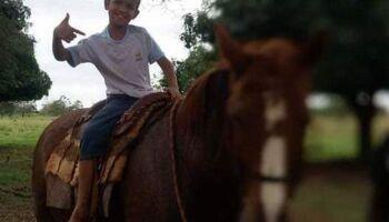 Menino de 11 anos morre no hospital uma semana após atropelamento