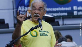 Deputado detona ação contra cloroquina: 'querem matar autorizado pelo Supremo'