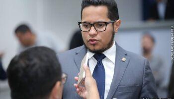 Na Lata: vereador dá calote no IPTU para reformar o próprio gabinete