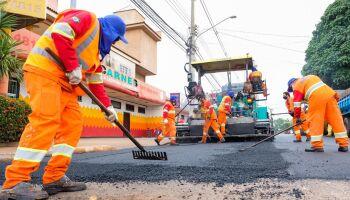 Prefeitura conclui 5,5 km de recapeamento e inicia obras em três frentes