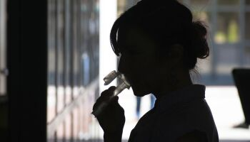 Cientistas criam teste rápido que detecta coronavírus pela saliva