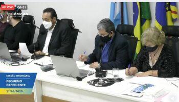 Vereadores comemoram desistência de lockdown em Campo Grande