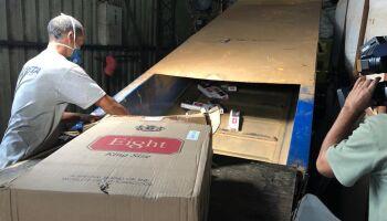 É MUITO CIGARRO: força-tarefa destrói 183 toneladas de cigarros apreendidos em MS