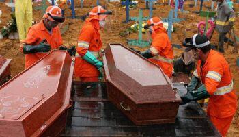 Brasil tem 572 mortes por covid em 24 horas e total vai a 101.049 neste domingo