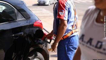 Gasolina e diesel ficam mais caros nesta quinta-feira, anuncia Petrobras