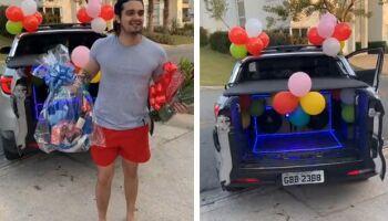 Luan Santana completa 13 anos de carreira e ganha carro de mensagens na porta de casa