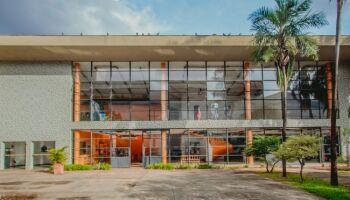 Centro Cultural e Teatro Aracy Balabanian já possuem licitação em aberto para projeto de restauração