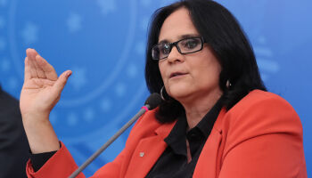 Damares atuou para evitar aborto de menina estuprada pelo tio no ES