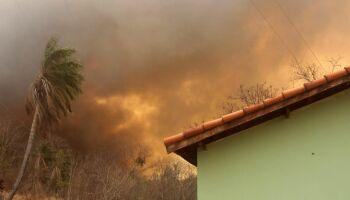 Combate às queimadas no Pantanal ganha reforço de 120 brigadistas e bombeiros