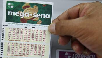 Prêmio da Mega Sena neste sábado dá para comprar 1,8 milhão de sacos de arroz