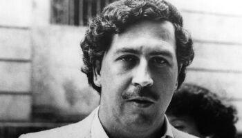 Sobrinho de Pablo Escobar encontra R$ 100 milhões em cofre oculto na parede
