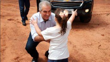 Reinaldo volta ao trabalho presencial após quarentena pela covid: 'agradeço pelas orações'