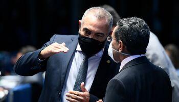 Senadores voltam a criticar visita de secretário Americano Mike Pompeo a Roraima