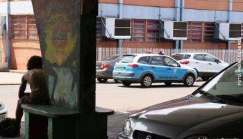 Usuário de drogas surta e ameaça matar a irmã e a sobrinha em Campo Grande