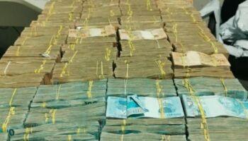 'Mucha plata': bolivianos são pegos com R$ 1,5 milhão na fronteira