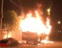 VÍDEO: incêndio criminoso atinge veículos na madrugada desta quinta-feira em Três Lagoas