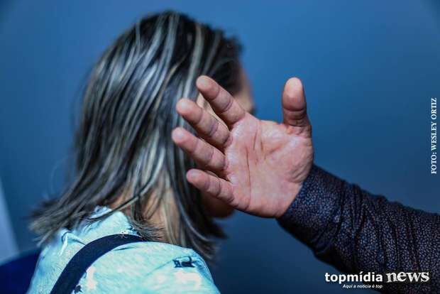 Marroquino nega agressão, diz que mulher surtou e é amante de ex-funcionário em Campo Grande