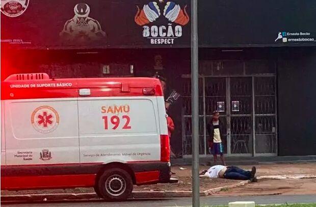 Atentado a tiros deixa homem morto e um ferido em avenida de Ponta Porã