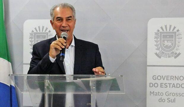 Reinaldo Azambuja anuncia promoção de 3,7 mil servidores civis e militares