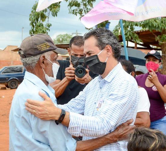 Na busca por votos, candidatos visitam as sete regiões da cidade nesta sexta-feira