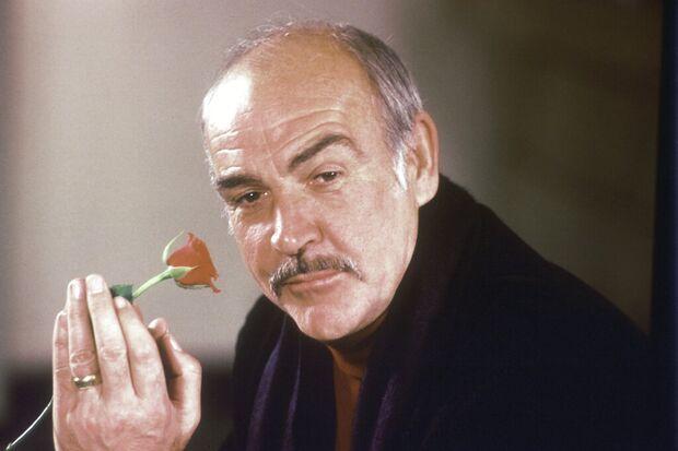 Ator Sean Connery, o 1º James Bond, morre aos 90 anos