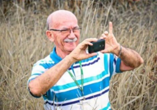 Simão, o 'motorista dos jornalistas' precisa de ajuda para tratar visão afetada pela tireoide