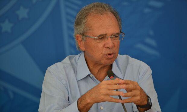 Guedes promete prorrogar auxílio emergencial em caso de 2ª onda da covid-19