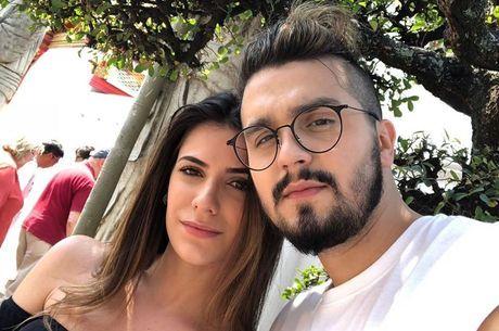 Após término com Luan Santana, Jade Magalhães para de segui-lo nas redes sociais