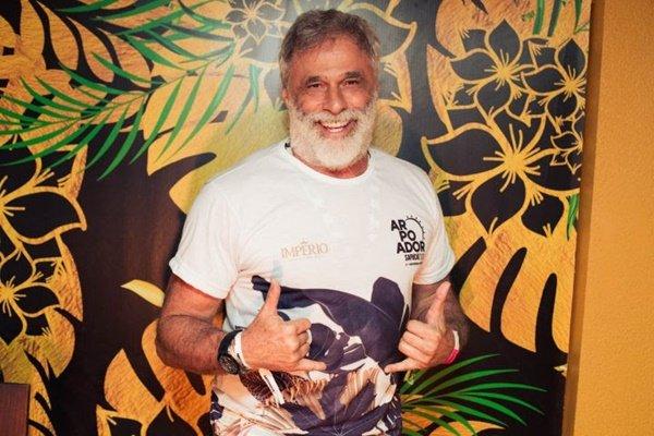 Vídeo: Oscar Magrini revela história do quarto do 'pó' e do 'cú' na Rede Globo