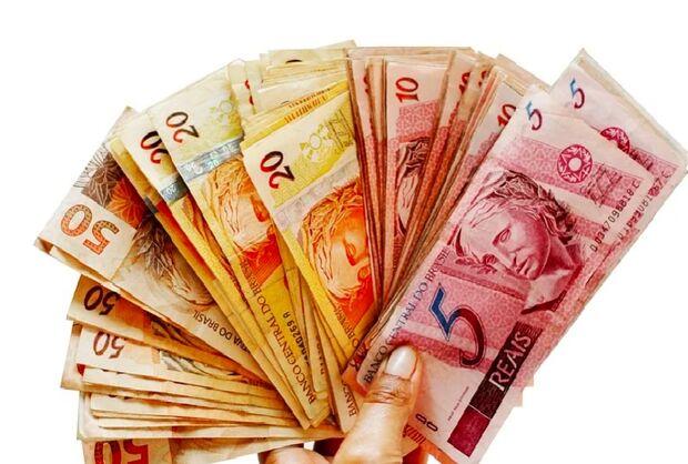 Salário mínimo deve chegar a R$ 1.087,84 em 2021