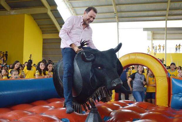 NA LATA: prefeito toma pau nas urnas e fala em 'fraude' eleitoral