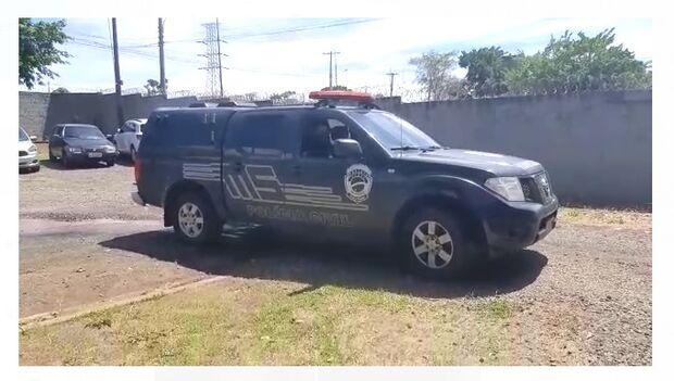 Mais de dez viaturas policiais são utilizadas na operação Omertà na Capital