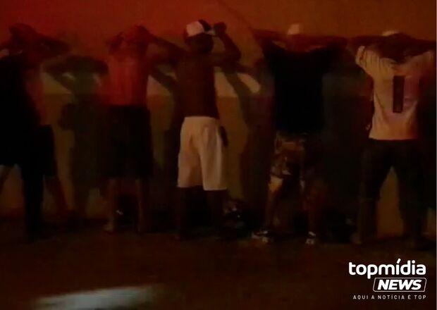 Baile funk com mais de 400 pessoas é encerrado no Lageado; assista